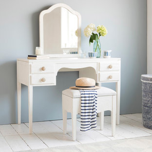 Toodle-pip dressing table