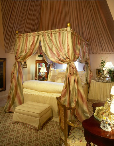 Traditional Bedroom by Jamie Gibbs, ASID, IFDA, WCAA