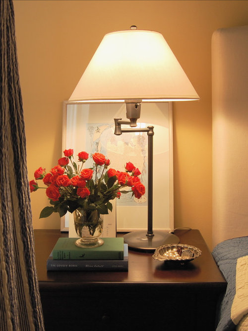 pictures behind lamps ideas, pictures, remodel and decor, Bedroom decor