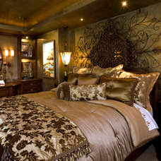 Traditional Bedroom by Robeson Design