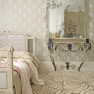 他の地域のシャビーシック調のおしゃれな寝室 (マルチカラーの床) のインテリア