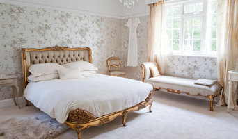 Versailles Luxury Upholstered Bed in silk and shabby chic bedroom