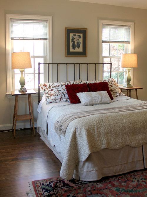 Bed Between Windows Houzz
