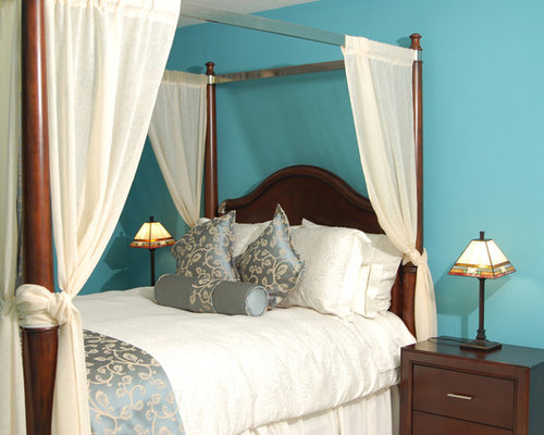Traditional Bedroom Idea In New York With Blue Walls