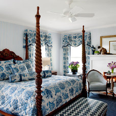 Traditional Bedroom by Elizabeth Drake of Drake Interiors Limited