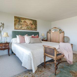 ロサンゼルスのトラディショナルスタイルのおしゃれな寝室のインテリア