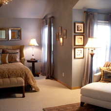 Traditional Bedroom by Color Is Good, inc.