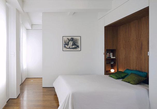 Modern Bedroom by Studio Garneau