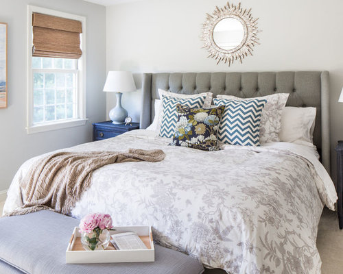 Transitional Guest Carpeted Bedroom Photo In Boston With Beige Walls