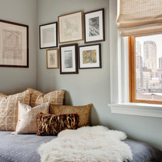 Transitional Bedroom by STUDIO GILD