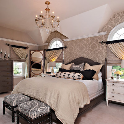 Inspiration for a transitional bedroom remodel in Philadelphia with multicolored walls