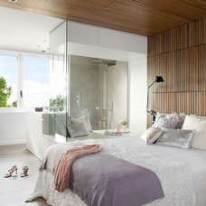 Modern Bedroom by Opad