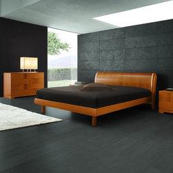 Trendy - Italian Cherry Wooden Bed - Features