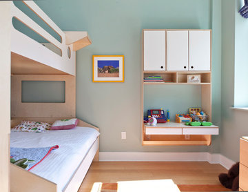 "Tribeca, A ""big boy"" room for a young child"