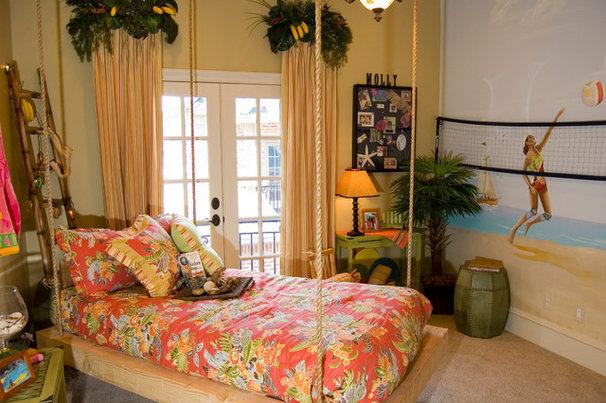 Mediterranean Bedroom by Hensley Premier Builders