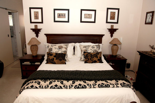 Traditional Bedroom by Focalpoint Photography