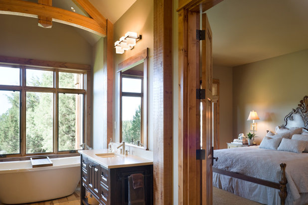 Rustic Bedroom by Alan Mascord Design Associates Inc