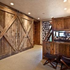 Rustic Bedroom by MHR Design