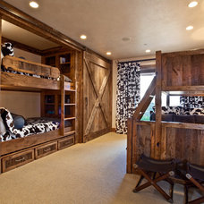 Rustic Bedroom by MHR Design