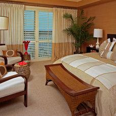 Modern Bedroom by CIH Design