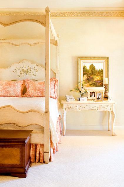 Traditional Bedroom by Linda McCalla Interiors