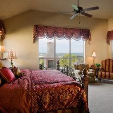 Mediterranean Bedroom by Sitterle Homes