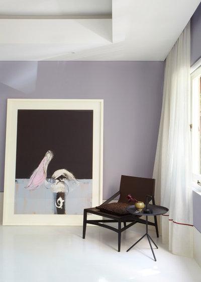 Modern Bedroom by Smart Design Studio