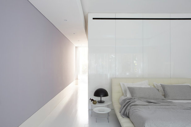 Contemporary Bedroom by Smart Design Studio