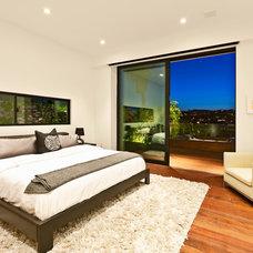 Contemporary Bedroom by XANADU GROUP