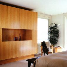 Contemporary Bedroom by Mitchel Berman Cabinetmakers Inc.