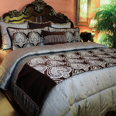 Traditional Quilts by K&R Bedspreads