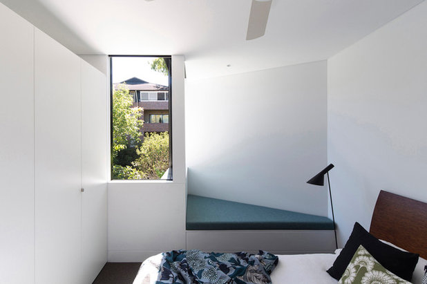 Modern Bedroom by Christopher Polly Architect