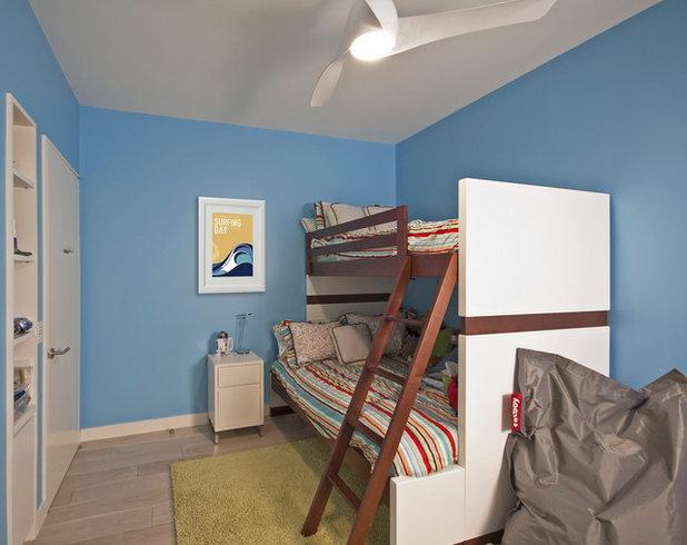 Modern Bedroom by StudioLAB