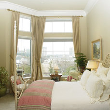 Traditional Bedroom by Carlton Oaks