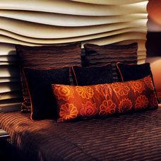 Contemporary Bedroom by Wintercreative Interior Design : Maika Winter ASID
