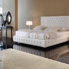 Modern Bedroom by Aventura Furniture
