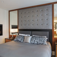 Contemporary Bedroom by API Construction Ltd.