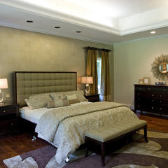 traditional bedroom Vanessa DeLeon