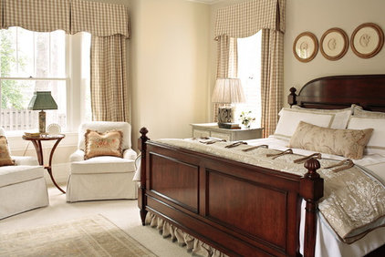 Traditional Bedroom by Liz Williams Interiors