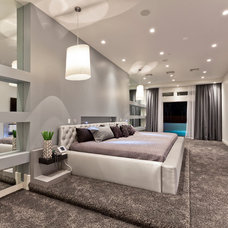 Contemporary Bedroom by David Marquardt Architectural Photography