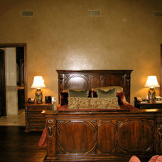 Traditional Bedroom by Gilreath Decorative Finishes, Inc.