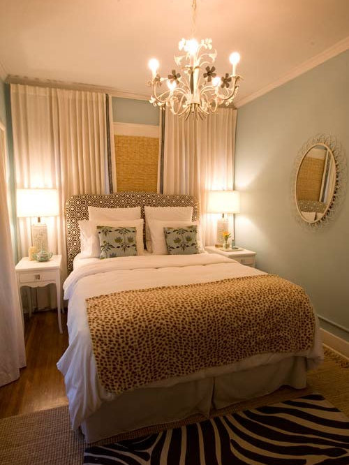 Off center window houzz for Small womens bedroom ideas