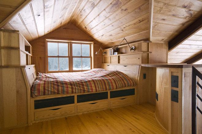 Contemporary Bedroom by Birdseye Design