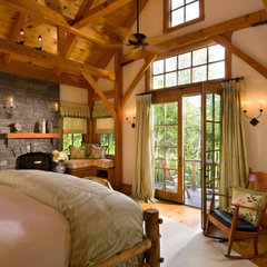 traditional bedroom by Laurel Feldman Interiors, IIDA