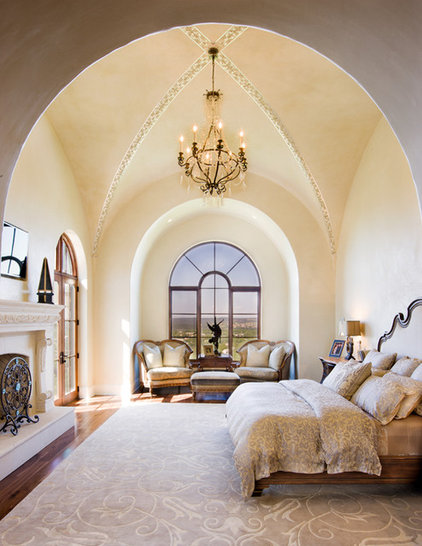 Dream ceilings groin vaults inspire overarching awe for Mediterranean master bedroom