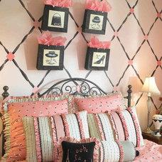 Contemporary Bedroom by Karen Hartley Interiors