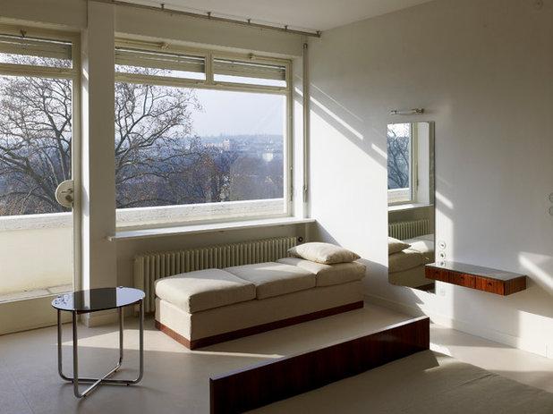 Modern Bedroom Villa Tugendhat