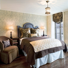 Traditional Bedroom by Eberlein Design Consultants