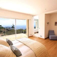 Contemporary Bedroom by Urban Cape