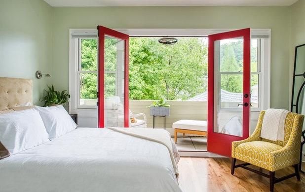 トランジショナル 寝室 by Alair Homes Decatur